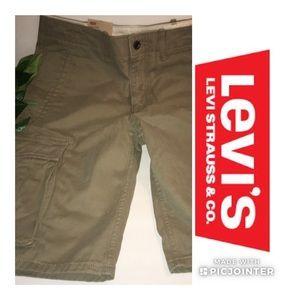NWT Levi's Cargo Shorts